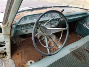 Eureka! 1960 Ford Country Sedan