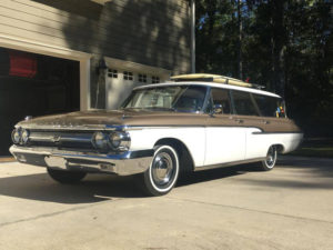 Sweet Surfer: 1962 Mercury Monterey