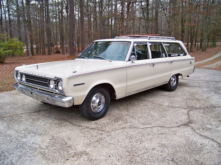 1967 Plymouth Belvedere 1